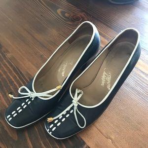 Ferragamo 1960-1975 vintage heels